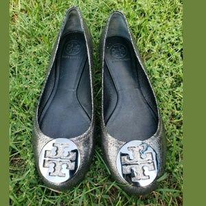 Woman Tory Burch Flat Metallic Silver Shoes 9.5
